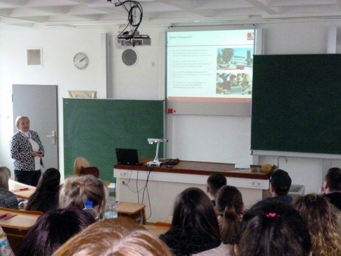 Informationsveranstaltung der Hochschule Landshut an der Aloys-Fischer-Schule