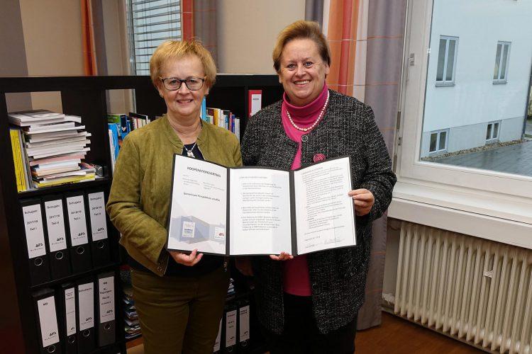 Kooperationsvertrag zwischen der Realschule Maria Ward  und der Aloys-Fischer-Schule Deggendorf