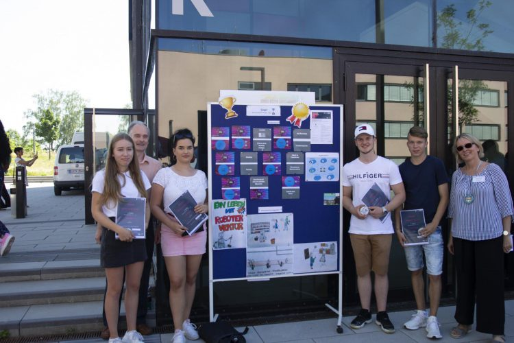 AG Forschen mit Spaß - Aloys-Fischer-Schüler gestalten Zukunftsvisionen für Roboter und Apps