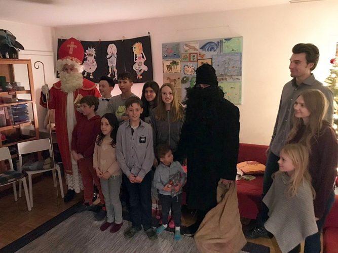 AFS-Nikolausaktion 2019 im Kinderhaus Metten